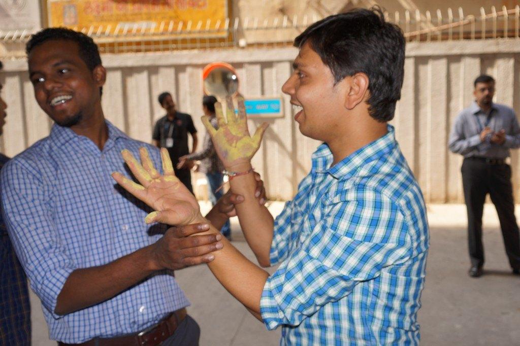 n-gage messenger Rangoli competition